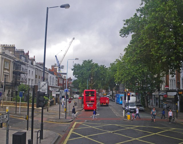 Scene along Chiswick High Road
