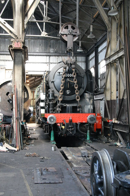Didcot Railway Centre - heavy lifting