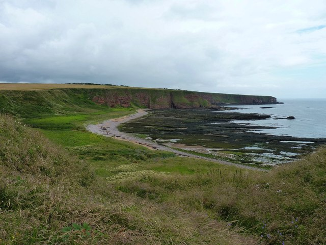 Carlingheugh Bay
