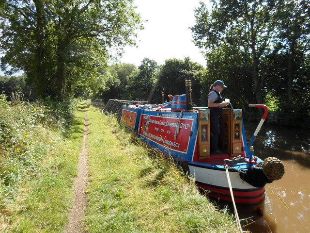 Working Narrow Boat Hadar moored at Grendon