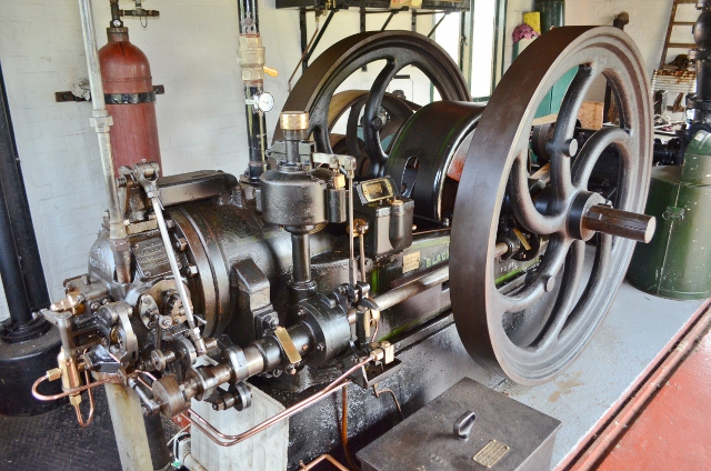 Blackstone Engine