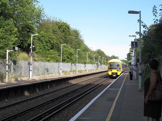Swanscombe station, looking east