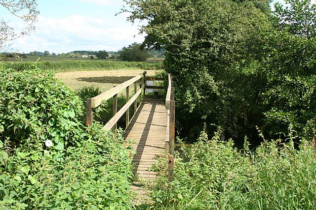 Sparkford: footbridge over the River Cam