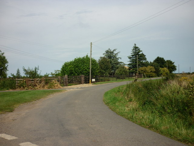 Mill Green Road off Tydd Road