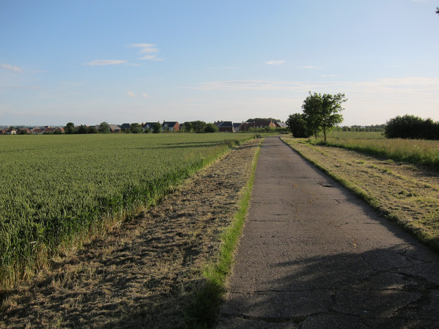 Footpath to St Neots