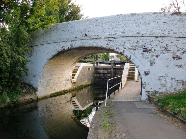 Bridge No. 204, Grand Union Canal, and the gates to Norwood Top Lock