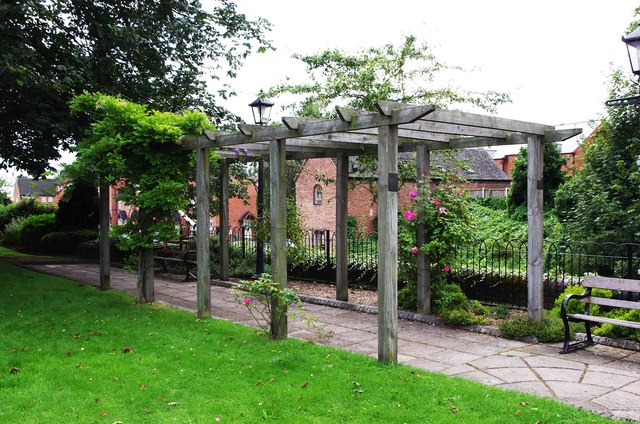 Pergola in Villeneuve-le-Roi Gardens, corner of Lion Hill and Mitton Street, Stourport-on-Severn