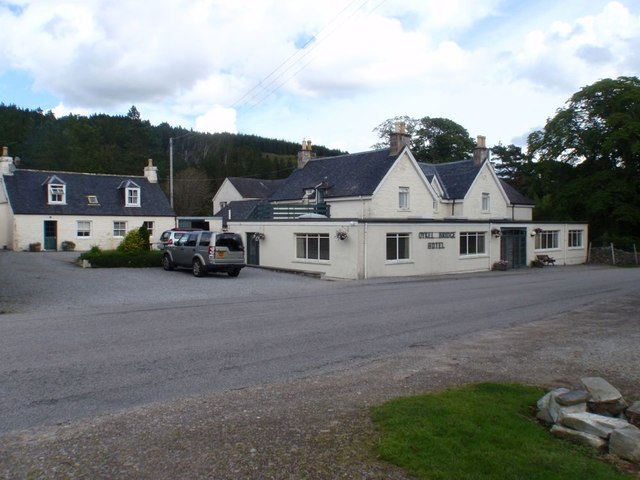 Oykell Bridge Hotel
