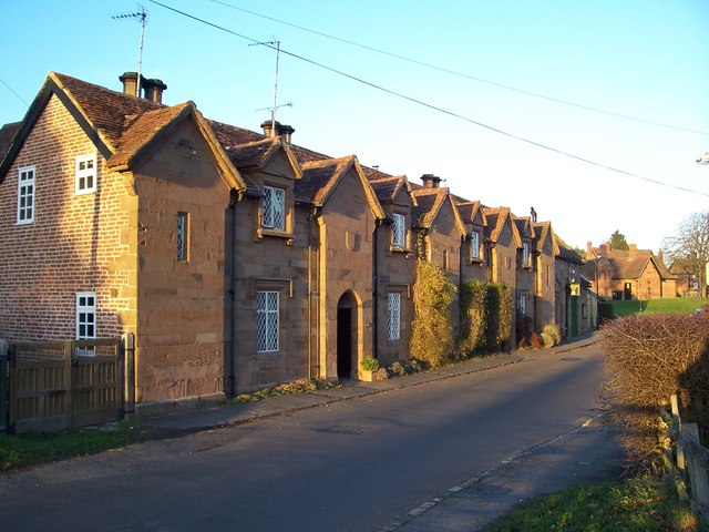 Houses and club in Stoneleigh