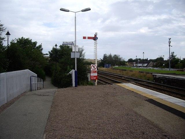 Passenger exit from Platform 2