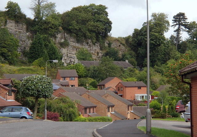 Modern housing in Wirksworth