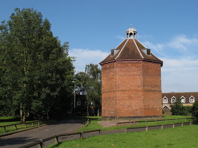 Beddington dovecote