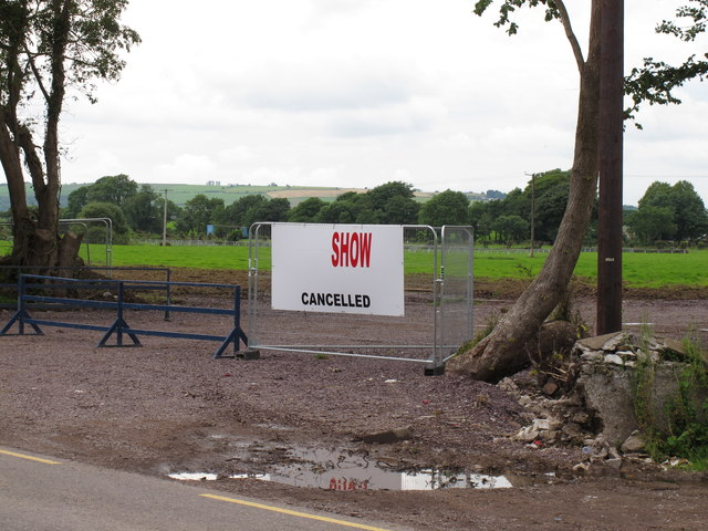 """Show cancelled"" sign at Curraheen"