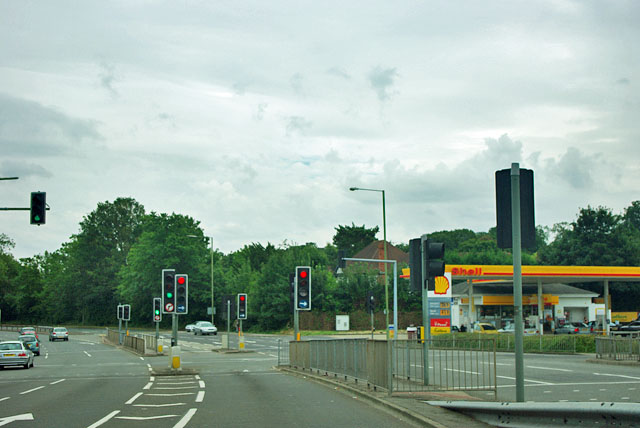 Traffic lights, Hinchley Wood