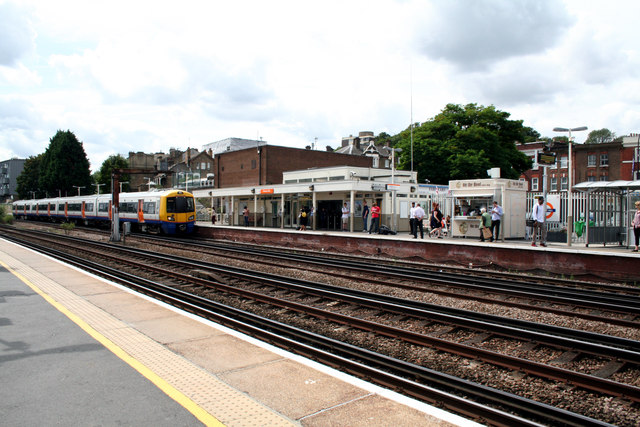Forest Hill station