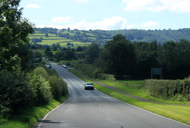 2012 : A368 Bath Road heading south west