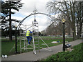SP3165 : Painting the restored arches, Linden Walk by Robin Stott