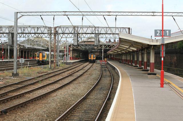 Crewe Station Platform 1and 2