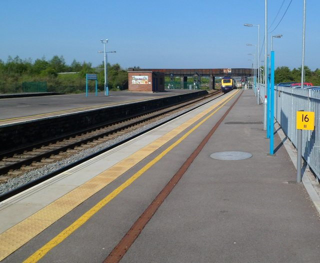 Disused platform, Severn Tunnel Junction railway station, Rogiet