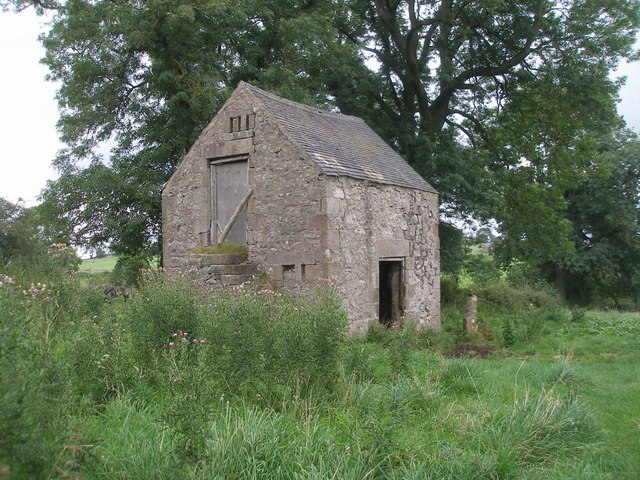 Barn beside Bonsall Lane