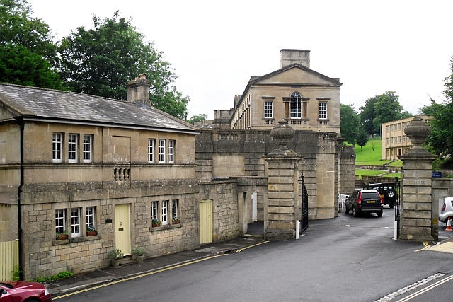 Entrance to Prior Park College