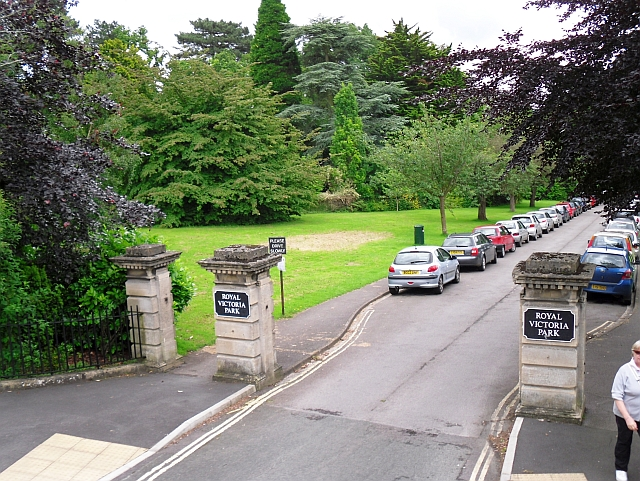 Entrance to Royal Victoria Park from north end of Park Lane