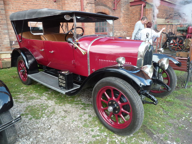 Claymills Victorian Pumping station - Crossley car