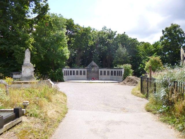 Bow, war memorial