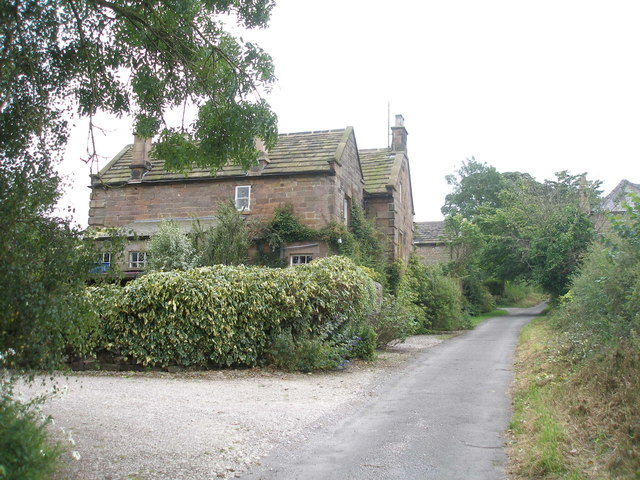 Houses on Dudwood Lane