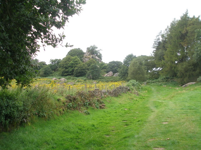 Limestone Way near Robin Hood's Stride