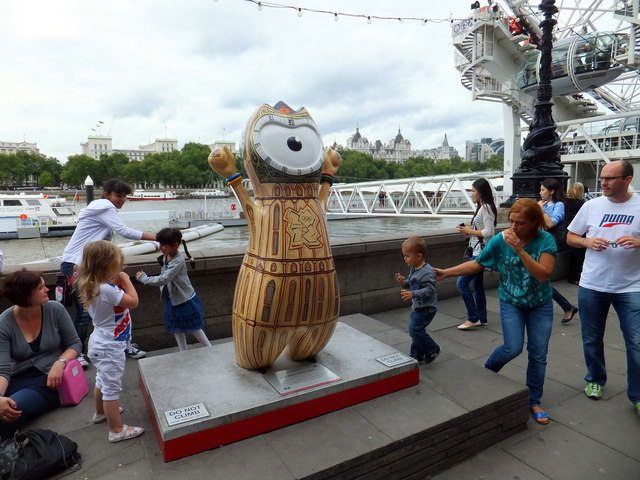 Big Ben Wenlock at Southbank