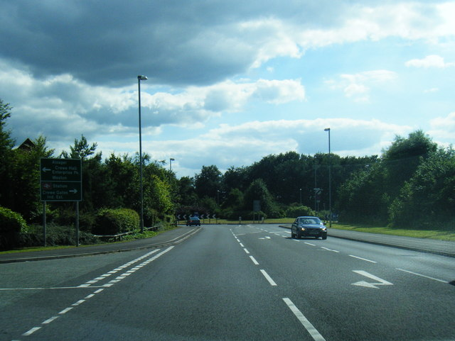 A5020 nears Weston Road roundabout