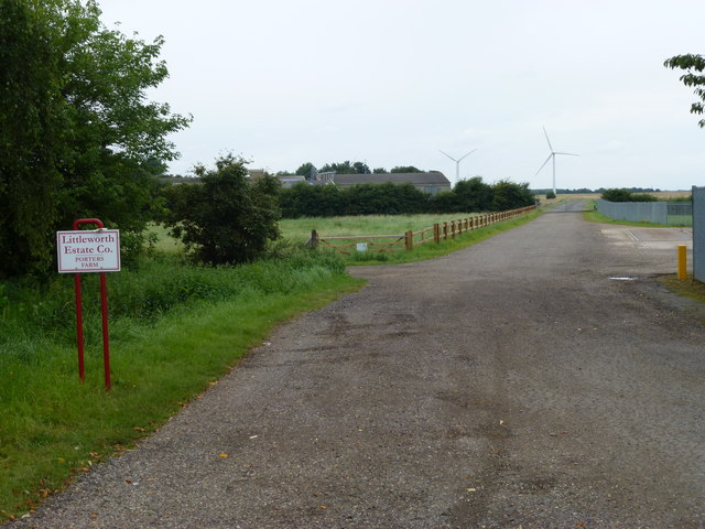 Entrance to Porter's Farm, Deeping St Nicholas