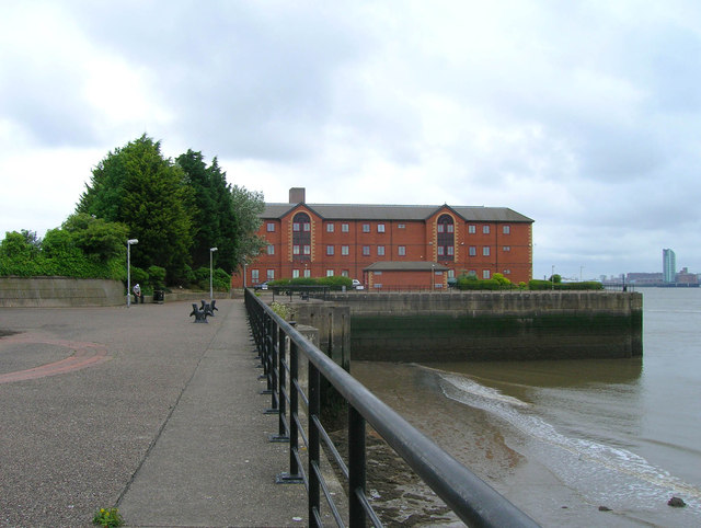 Riverside walk, Birkenhead