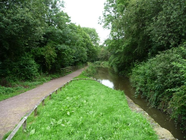 The Chesterfield Canal north of Tapton Mill bridge