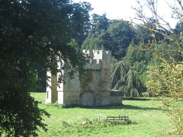 Alnwick Abbey Gatehouse
