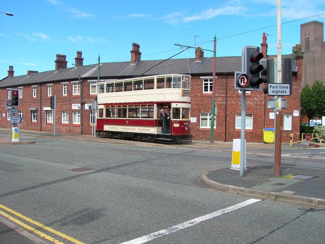 Liverpool 762 in Shore Road