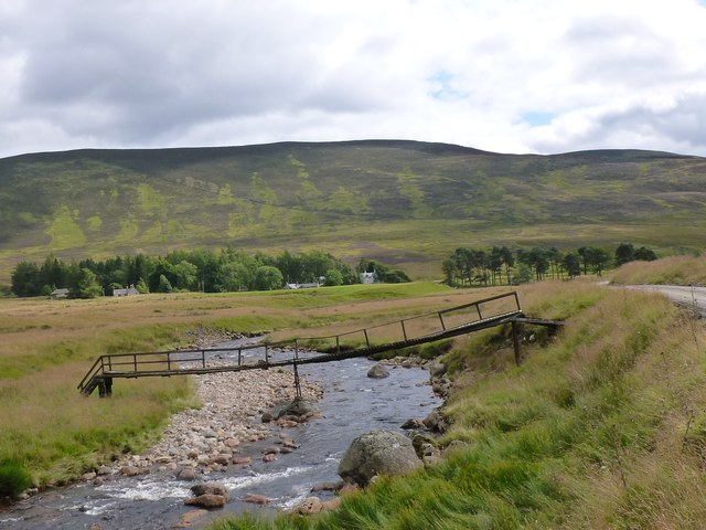 Rickety Footbridge over River Isla near Linns