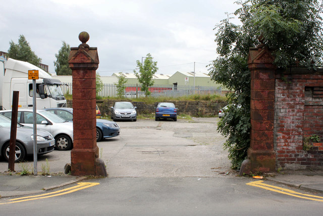 Bolton Textile Mill No.2, gateway