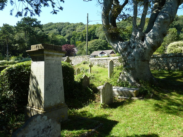 St. Lawrence Old Church: churchyard (B)