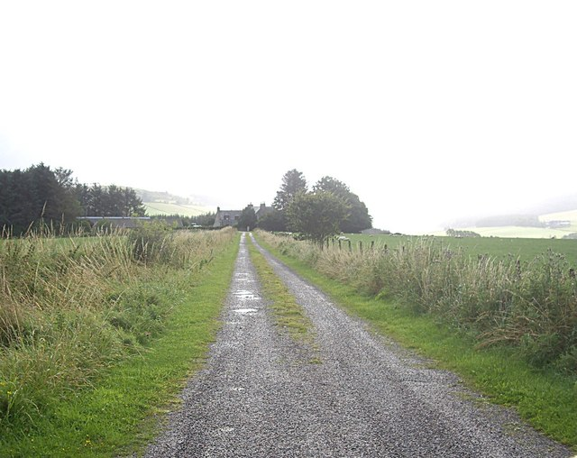 Access lane to Auchinclech