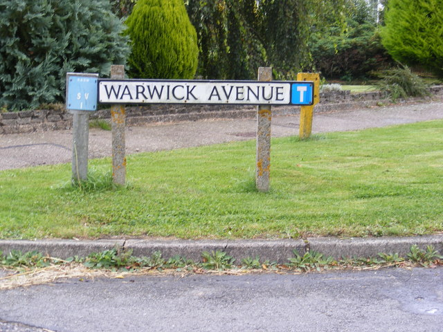 Warwick Avenue sign