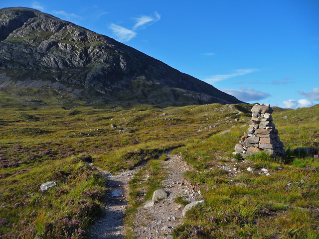 Path junction in Coire Làir