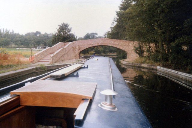 The Vale Footbridge Bridge No 84A Worcester and Birmingham Canal