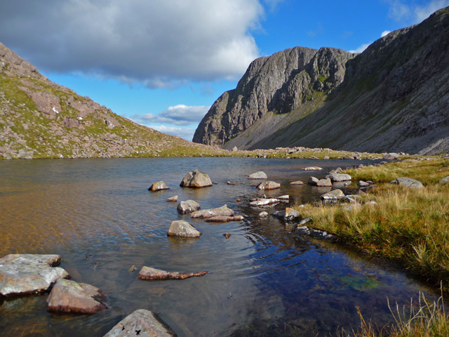 The bealach between Coire Lair and Coire Grannda