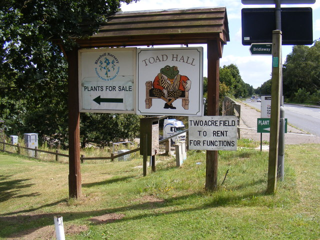 Toad Hall, Bluebell Nursery & Bridleway Signs