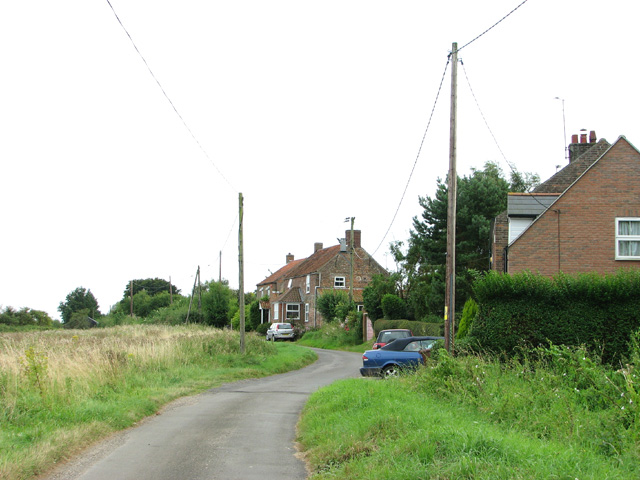 Cottages by Wiggenhall St Peter's church