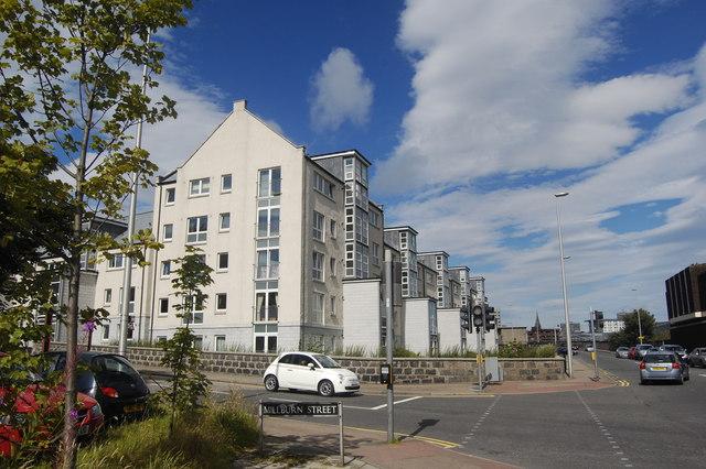 Modern flats, College Street, Aberdeen