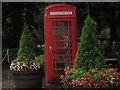 SJ5782 : K6 phone box in Daresbury by Stephen Craven