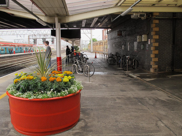 Cycle racks on Crewe station